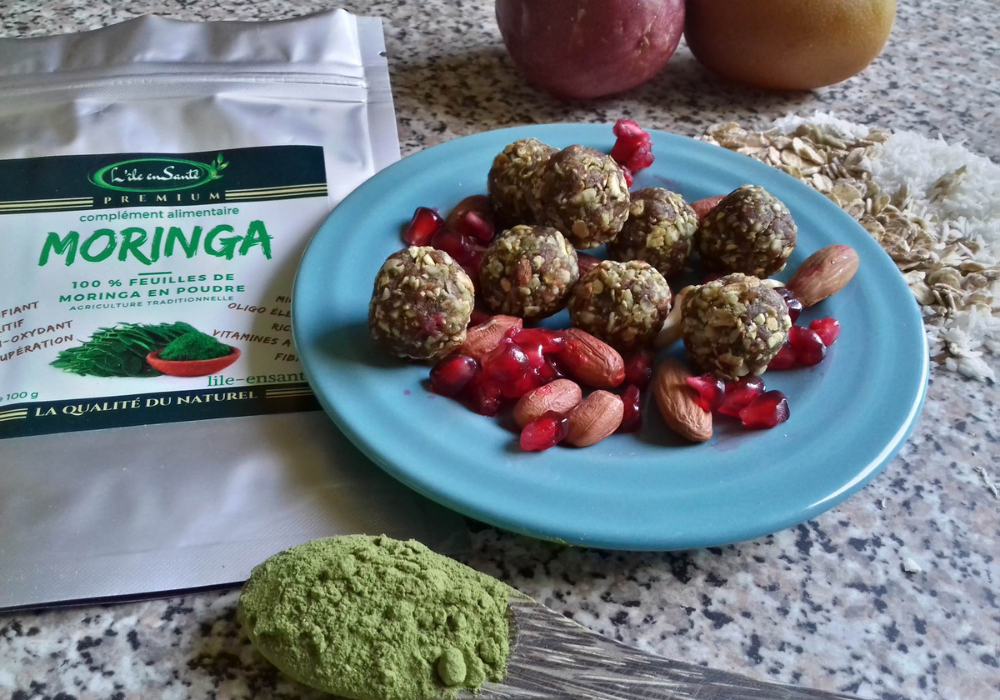 You are currently viewing Boules d'énergie au Moringa