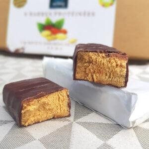 Boite de 8 barres protéinées chocolat-cacahuète